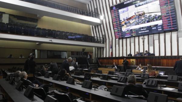 AL-BA retoma sessões com pauta dedicada a projetos do governo