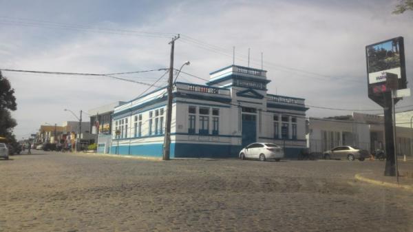 TCE condena Ex-prefeito de Maracás a devolver R$ 163 mil