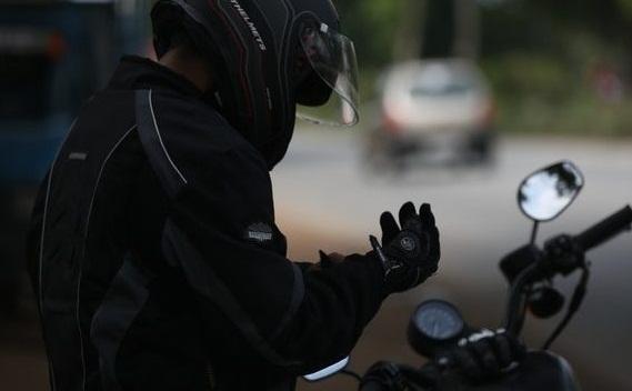 Na mesma noite, duas motos são roubadas em Gandu