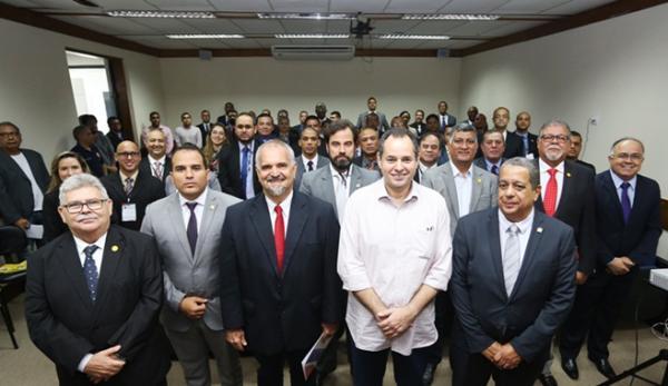 Presidente da ALBA diz que Legislativo está inserido na sociedade