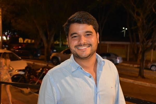 Contrato 'milionário' do prefeito de Itapetinga é denunciado ao MP