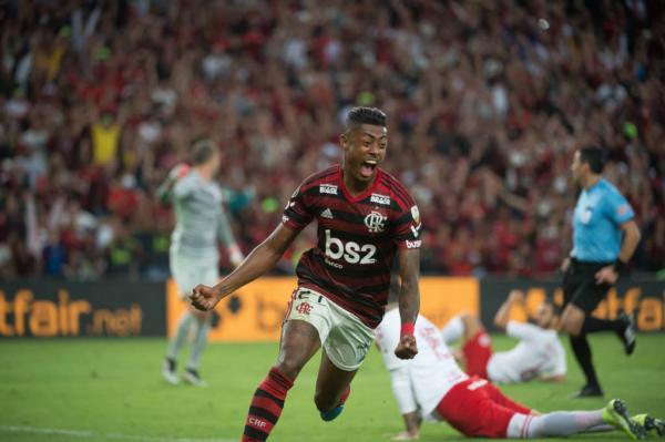 Flamengo empata com o Inter no Beira-Rio e segue na Libertadores