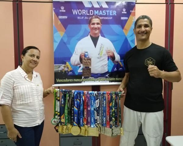 Gandu: Escola Durval Libânio promove evento com atleta de Jiu-Jitsu, Eduardo Robson