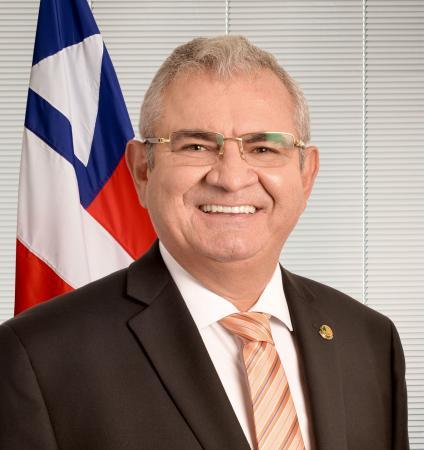 Angelo Coronel gasta R$ 566 mil de verba pública em firmas da família e de assessor