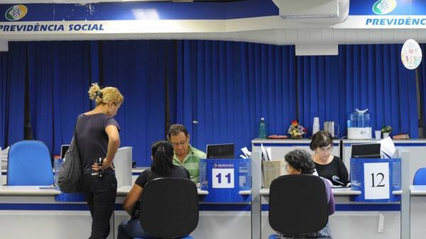 Perícia: Governo convoca 94 mil segurados do INSS para revisão do benefício.