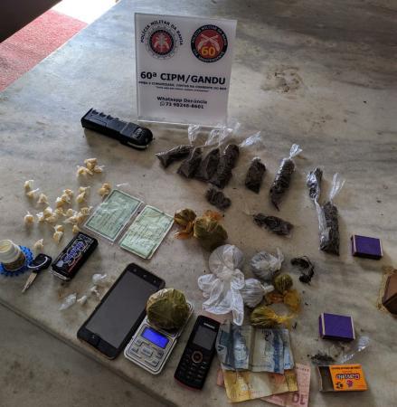 PM desarticula tráfico de drogas em Gandu