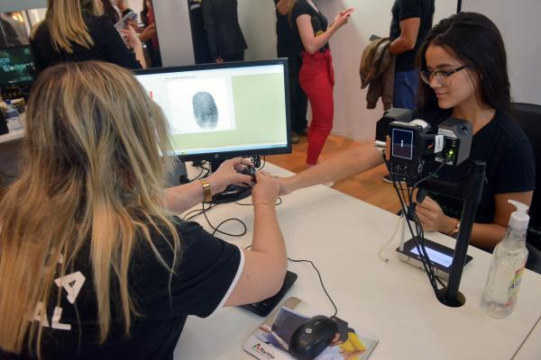 Eleitores de Gandu e Itamari têm até 31 de outubro para realizar o recadastramento biométrico