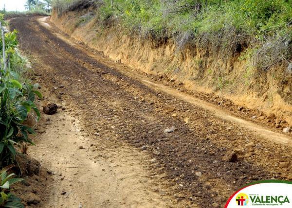 Prefeitura de Valença realiza intensa recuperação das estradas na Zona Rural