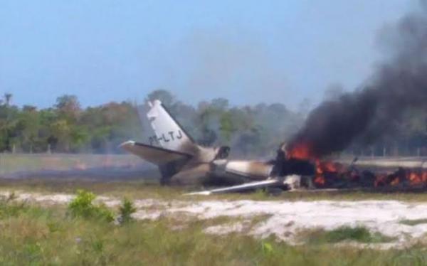 Quatro feridos em acidente aéreo em Maraú são transferidos para São Paulo