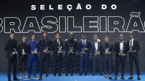 Flamengo domina a seleção do Brasileirão 2019 e tem nove jogadores entre os 11