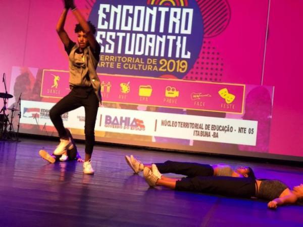 Estudantes de Serrinha, Itabuna e Teixeira protagonizam encontros culturais