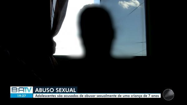 Adolescentes são suspeitos de estuprar menino de sete anos em escola na Bahia