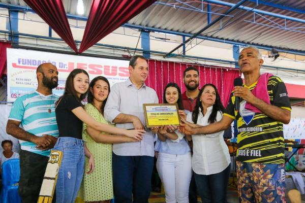 A Bahia política precisa conhecer a dimensão social da obra da Fundação Dr. Jesus, diz Nelson Leal
