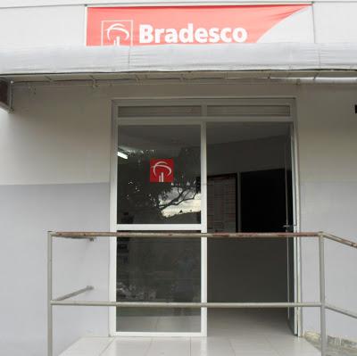 Bradeso: Cliente são roubados enquanto aguardavam atendimento na agência.