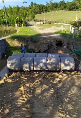 Gandu: Prefeitura realiza recuperação das estradas e ponte do Jericó, zona rural do município.