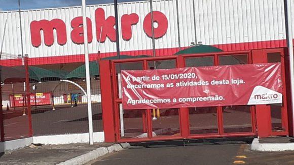 Makro fecha loja em Itabuna