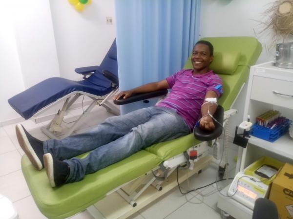 Hemoba mobiliza grupos para manter estoque de sangue