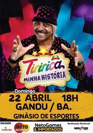 Humorista Tiririca faz apresentação única em Gandu.