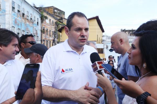 Nelson Leal participa da abertura da Lavagem do Bonfim, mas volta logo para ALBA a fim de abrir sessão legislativa