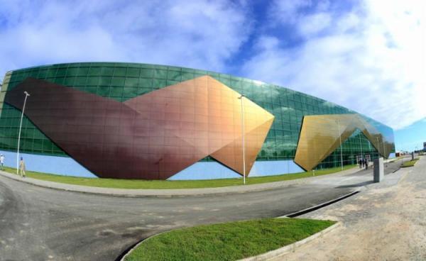 Inauguração do Centro de Convenções terá shows de Cláudia Leitte, Lore Improta e Tio Paulinho