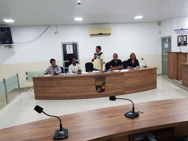 Prefeitura de Gandu e Secretaria Municipal da Cultura realizam reunião com músicos e artistas do município.