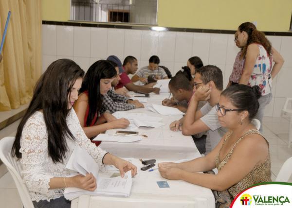 Prefeitura Municipal de Valença realiza assinatura de Termo de posse da 2ª chamada dos aprovados no Reda