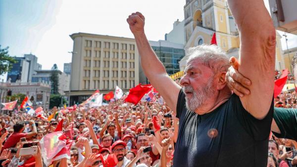 Lula decide não se entregar