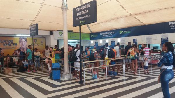 Rodoviária, Sistema Ferry Boat e concessionárias realizam operações para o Carnaval