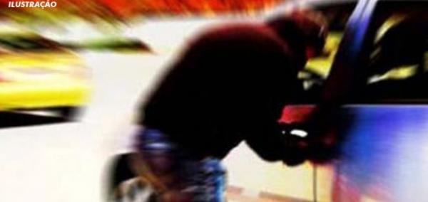 Sargento da PM tem carro furtado em Wenceslau Guimarães