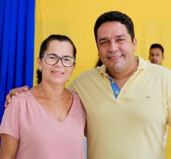 Prefeito de Teolândia, escolhe vereadora para ser sua sucessora nas eleições de 2020