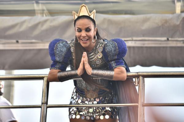 Oração de Ivete, marca 3º dia de carnaval