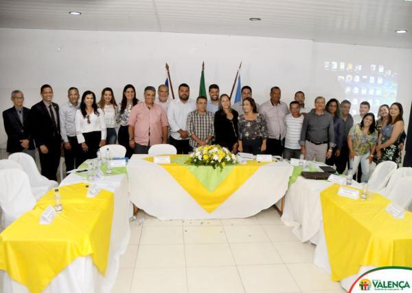 Encontro com prefeitos do Baixo-sul discutiu funcionamento da Policlínica Regional de saúde em Valença
