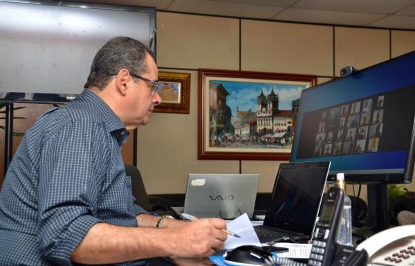 Nelson Leal preside primeira sessão virtual do parlamento  baiano, que aprova os dois decretos de calamidade pública