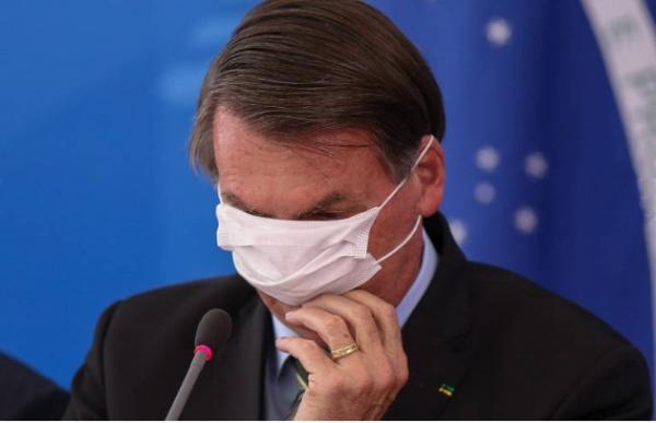 ´Seria bom pedir um teste psiquiátrico pra ele`, disse Deputado após pronunciamento de Bolsonaro.