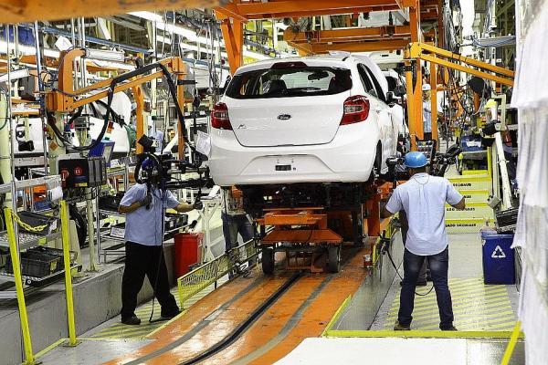 Covid-19 - Ford suspendeu temporariamente produção na fábrica de Camaçari