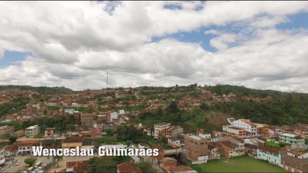 Após suspensão de funcionamento por causa da Covid-19, comércio de Wenceslau Guimarães volta a funcionar
