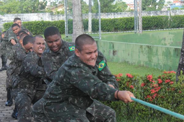 Tiro de guerra de Valença comemora o dia do exercito brasileiro.