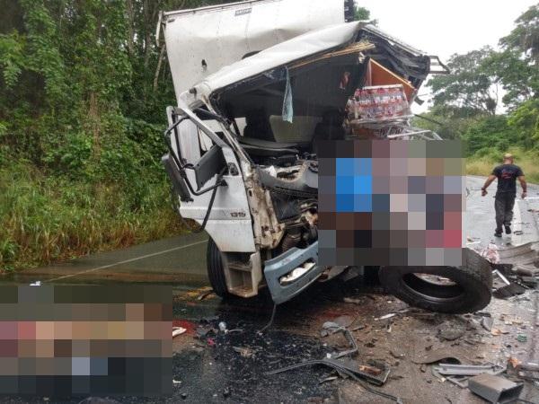 Grave acidente deixa mortos e feridos na BR-415 Itabuna/Itapé