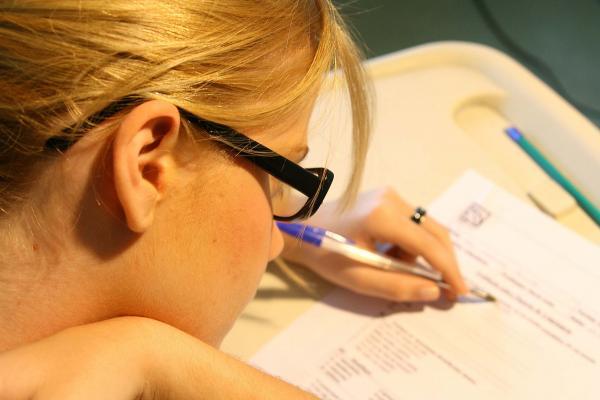 Secretaria de Educação reabre inscrições para seleção de professor.