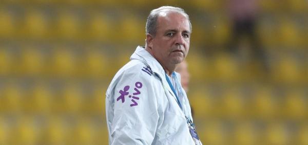 Ex-técnico do Vitória, Vadão morre aos 63 anos