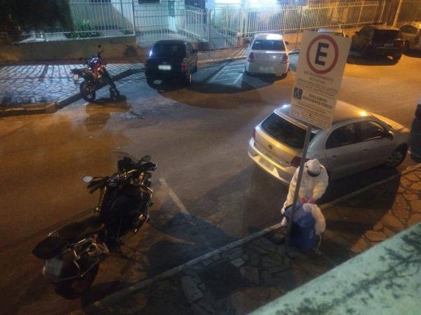 Empresa de Itabuna jogou lixo hospitalar na rua
