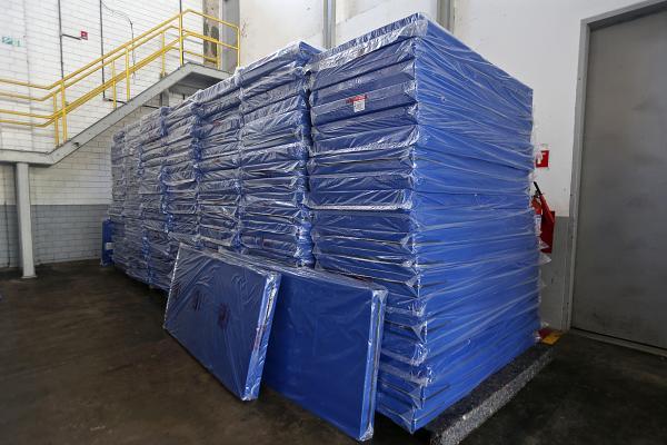 Para a doação no estado da Bahia, produzimos os colchões levando em conta todas as especificações técnicas hospitalares
