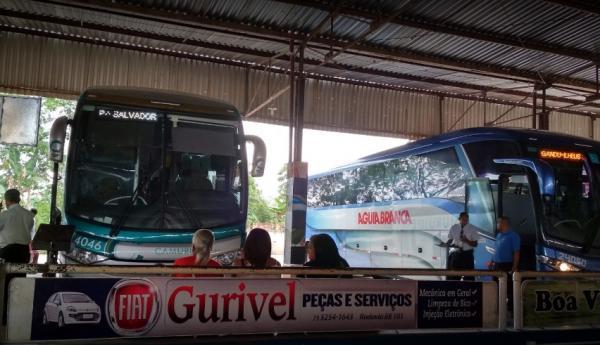Mais dez municípios têm o transporte suspenso na Bahia; total chega a 246