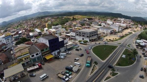 TCM julga procedente denúncia contra prefeito de Pres. Tanc. Neves e aplica multa