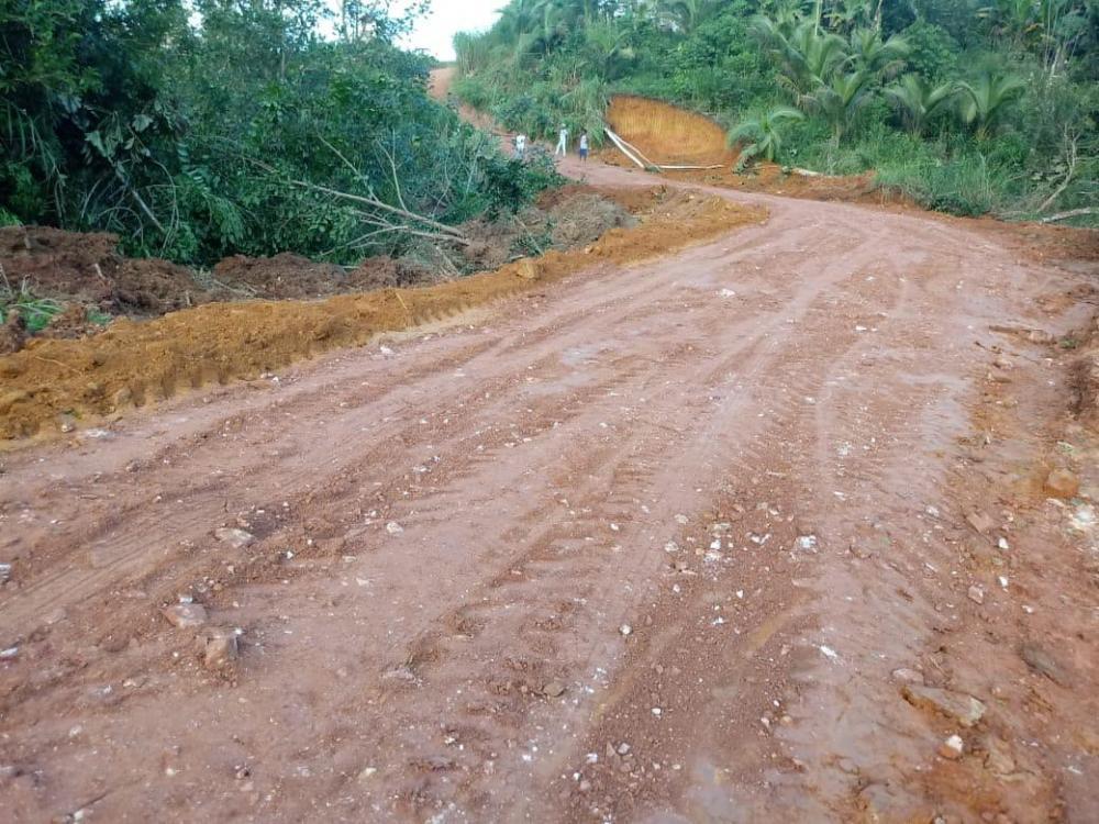 Teolândia: O trabalho de recuperação das estradas rurais é intensificado na região do Paião.