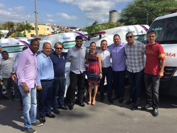 Prefeito de Gandu participa da reinauguração do hospital de Jequié e recebe mais uma ambulância do governo do estado.