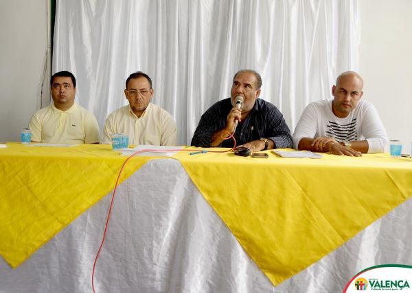 Prefeito de Valença realiza entrega de certificado do curso de capacitação para agentes de trânsito e guarda municipal