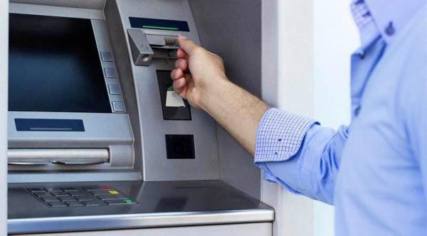 Bancos alteram horário de atendimento durante jogos do Brasil