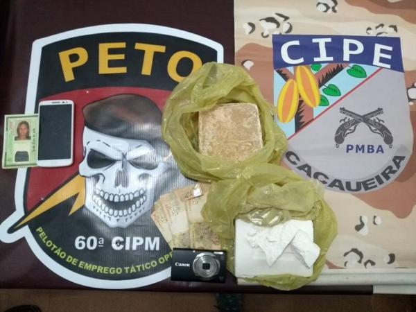 60ª CIPM em Gandu apreende drogas durante operação na BR-101; uma jovem foi presa.