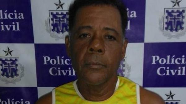 Pedreiro é preso em flagrante por estuprar e assassinar a mãe em Valença.